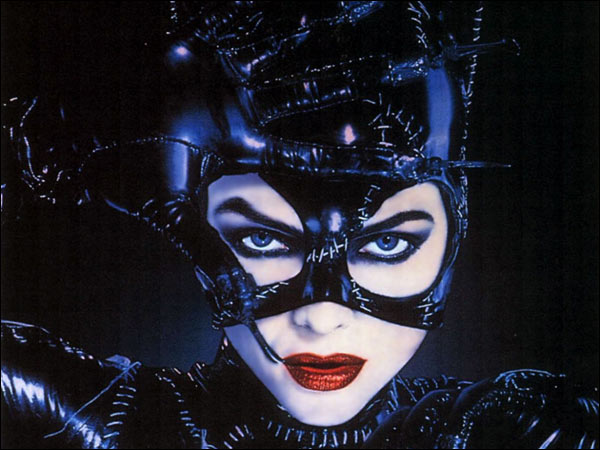 Michelle-Pfeiffer-in-Batman-Returns-as-Catwoman