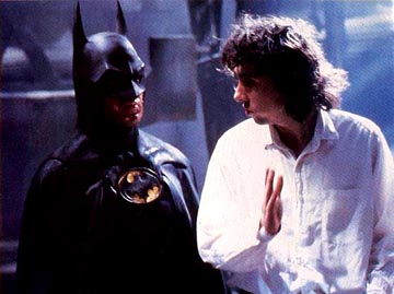 Tim-Burton-on-Batman-set-with-Michael-Keaton1