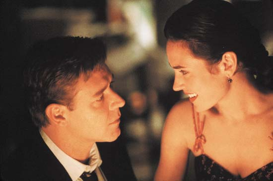 "Russell Crowe and Jennifer Connelly in ""A Beautiful Mind"""