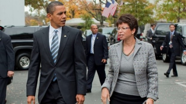 President Barack Obama walks with Senior Advisor Valerie Jarrett   Official White House Photo by Pete Souza