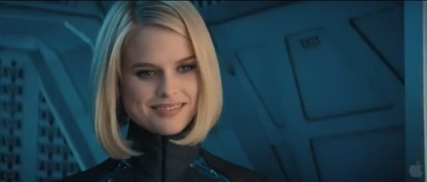 Alice Eve Star Trek into Darkness photo