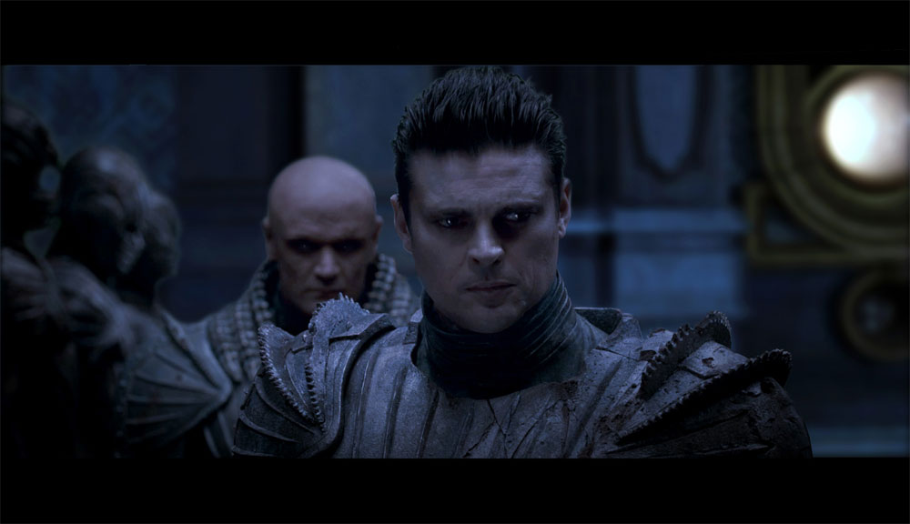 "Karl Urban as Vaako in ""Riddick"""