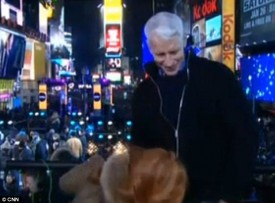 Anderson Cooper Kathy Griffin kiss New Years eve