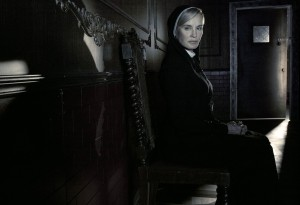 "Jessica Lange is the centerpiece that ""American Horror Story"" is crafted around, says creator Ryan Murphy"
