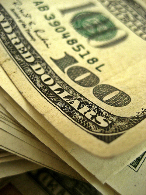 moneyincome essay Argumentative, persuasive, ncaa - college athletes should be paid.