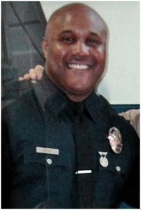Chris Dorner LA police uniform photo