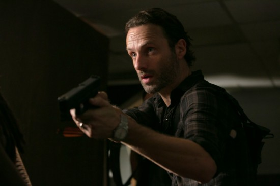 The-Walking-Dead-Season-3-Episode-8-Made-to-Suffer-3 Andrew LIncoln RIck