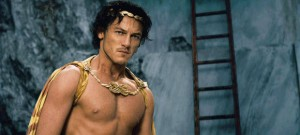 Luke Evans will go from Zeus in 'Immortals' to Dracula in 2014