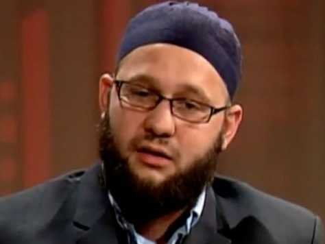 zachary muslim Challenged by the west, threatened by fundamentalism, keeping faith  harpercollins, new york, 2010 reviewed by zachary  muslim believers in the west assume .