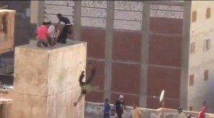 Alexandria-Roof-protesters thrown off