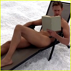 alexander-skarsgard-goes-full-frontal-on-true-blood-video-new