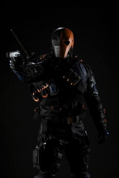 Manu Bennett Slade Wilson Deathstroke full photo Arrow season 2