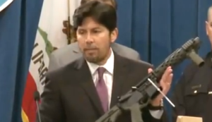 Kevin de Leon speaking out against guns in California