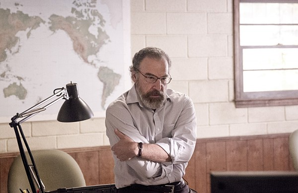 homeland-one-last-time-mandy-patinkin-photo