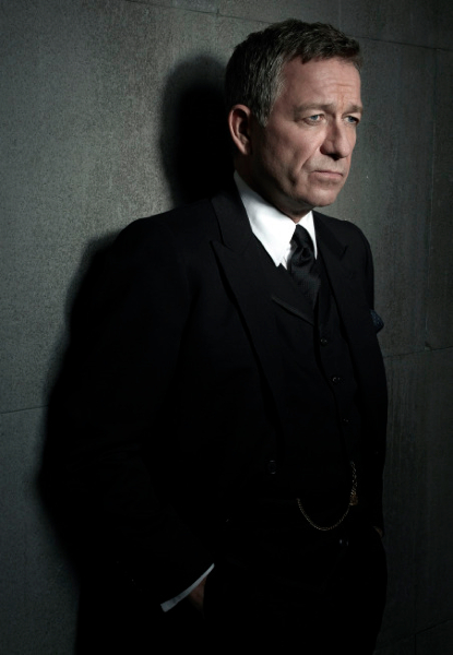 sean pertwee alfred gotham photo