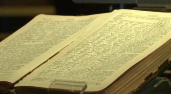 Titanic Bible screenshot video coverage by WVLT