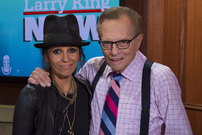Linda Perry Larry king interview photo Ora.tv