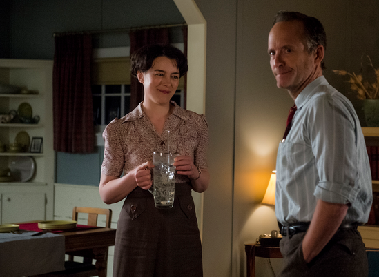 Olivia Williams John Benjamin Hickey WGN Manhattan photo