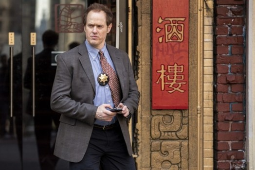 """Raphael Sbarge as Det. David Molk on TNT's """"Murder In The First"""""""