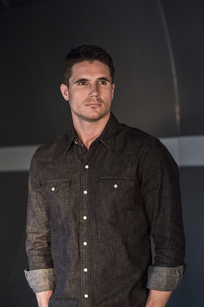 "Robbie Amell on ""The Flash"""