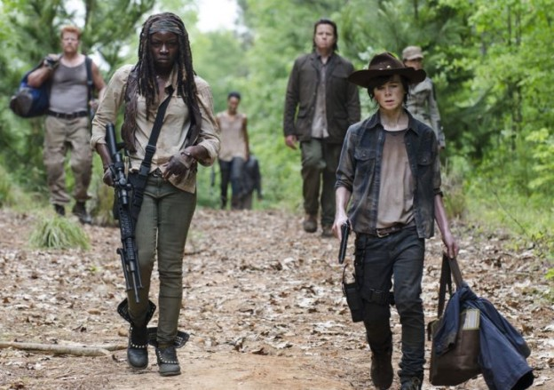 the-walking-dead-episode-502-michonne-gurira-carl-riggs