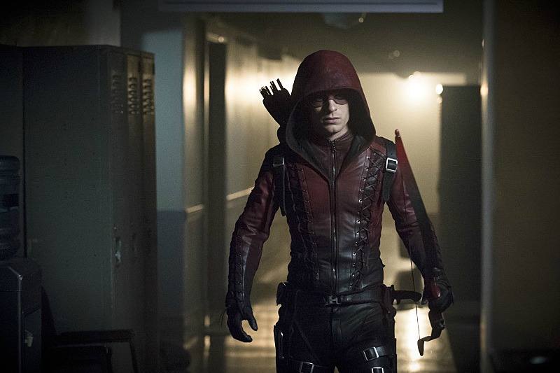 arrow season 3 stephen amell on olivers return the