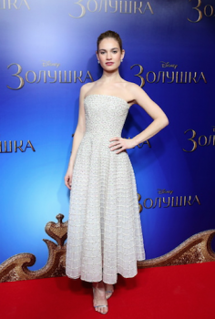 "Lily James at ""Cinderella"" screening Moscow, photo Getty Images"
