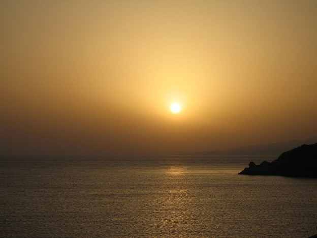 Sunset from Seabourn Spirit, Mykonos, Greece. 2007 photo/ Tim via wikimedia commons