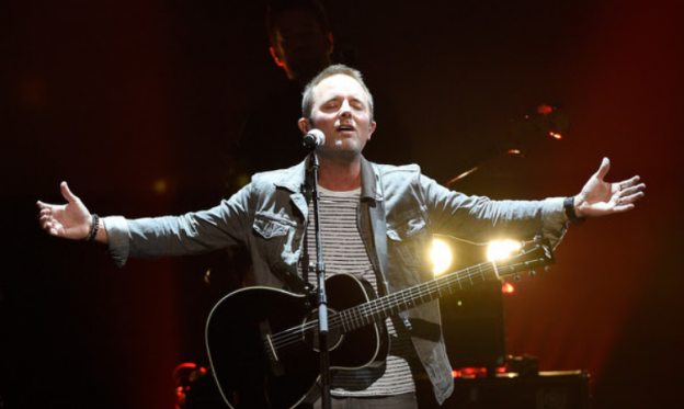 "Male Artist of the Year winner Chris Tomlin performs ""At The Cross (Love Ran Red)""  2015 K-Love Awards"