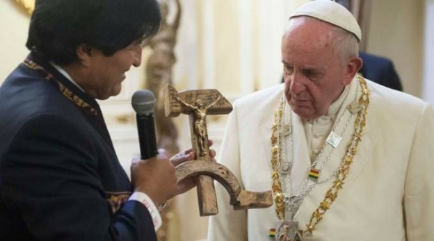 "Pope Francis's reaction when receiving the strange ""Communist Crucifix"" screenshot of CNN's coverage"