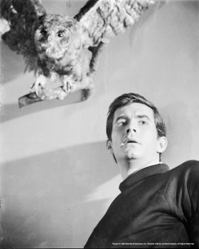 Anthony Perkins as Norman bates bird in background photo