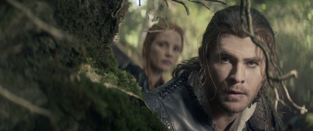 Chris Hemsworth close up in The Huntsman Winter War