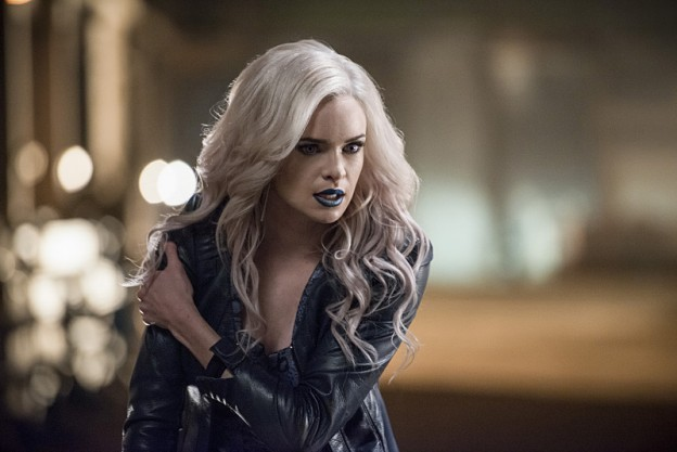 Danielle Panabaker as Killer Frost and Robbie Amell as Deathstorm