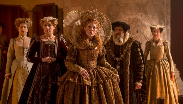 Helen McCrory (center) as Queen Elizabeth I (Credit: Nick Wall)