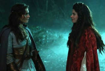 Once Upon A Time introduces lesbianism with Ruby and Dorothy
