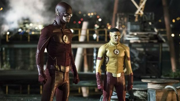the-flash-season-3-photo-grant-gustin-keiynan-lonsdale-kid-flash