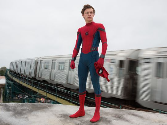 tom-hollad-as-spider-man-in-first-spider-man-homecoming-photo