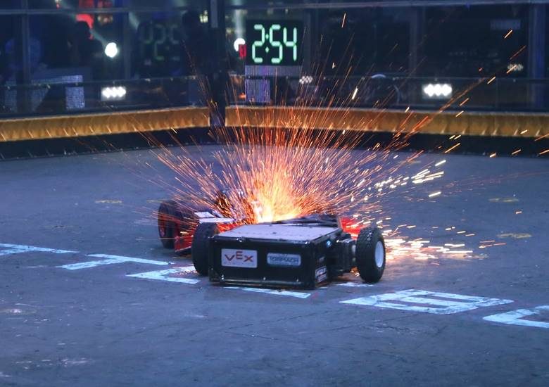 Moving Company Reviews >> 'Battlebots' season 2 starts in April, on The Discovery Channel | The Global Dispatch | The ...