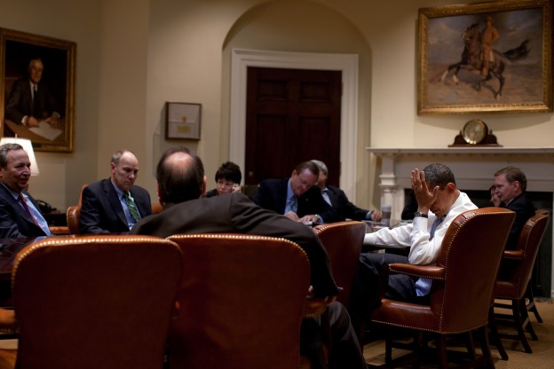 President Barack Obama meets with senior advisors in the Roosevelt Room.  2/16/09. Official White House Photo by Pete Souza