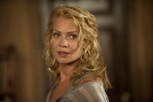 Andrea (Laurie Holden)