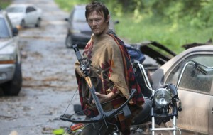 Daryl becomes a leader as 'Dead' rolls on
