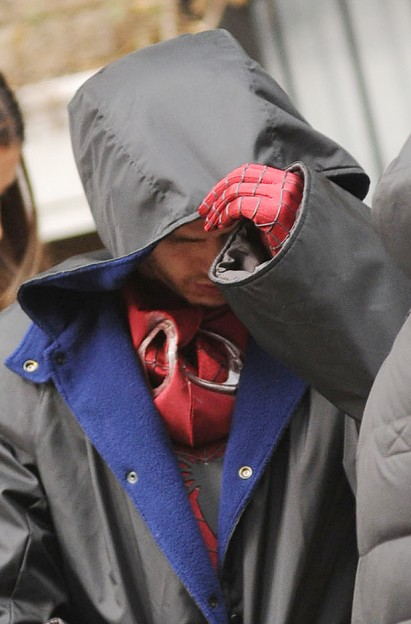 Andrew Garfield set photo Amazing Spider-Man 2