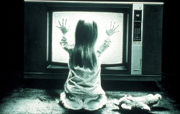 Heather O Rourke Poltergeist photo TV set