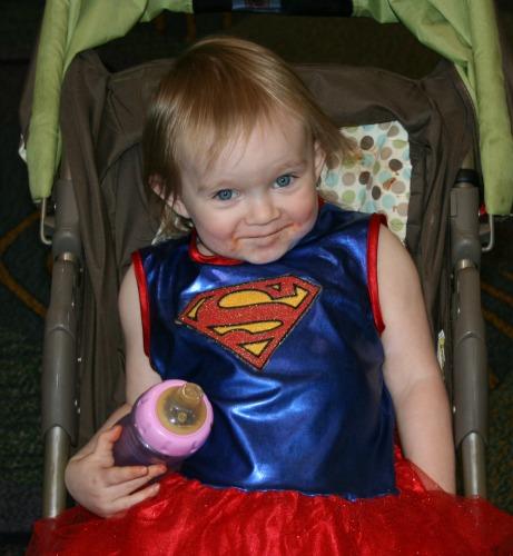 little girl Supergirl Cosplay MegaCon 2013