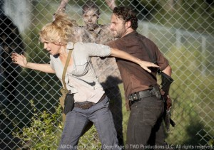 the-walking-dead-season-andreas-torn-between-two-worlds photo