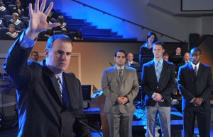 Alex Kendrick, starring in 'Courageous' now ventures out to help other filmmakers