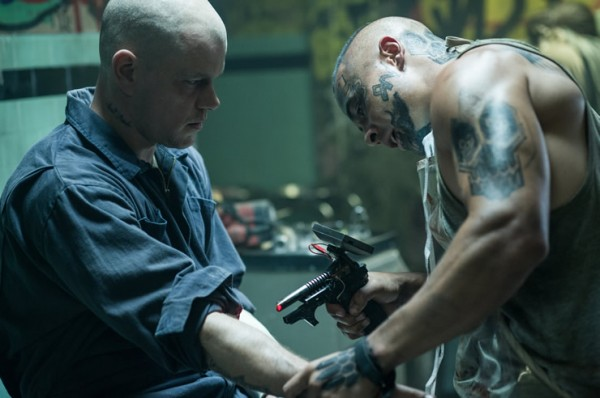 elysium-matt-damon injection photo