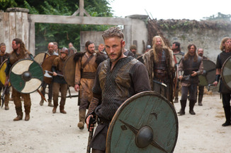 vikings_Travis Fimmel photo