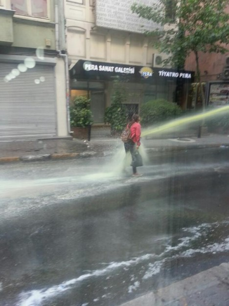 Turkey protester water cannon