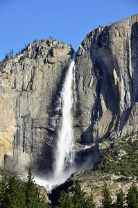 Yosemite_upper_falls_winter_2010